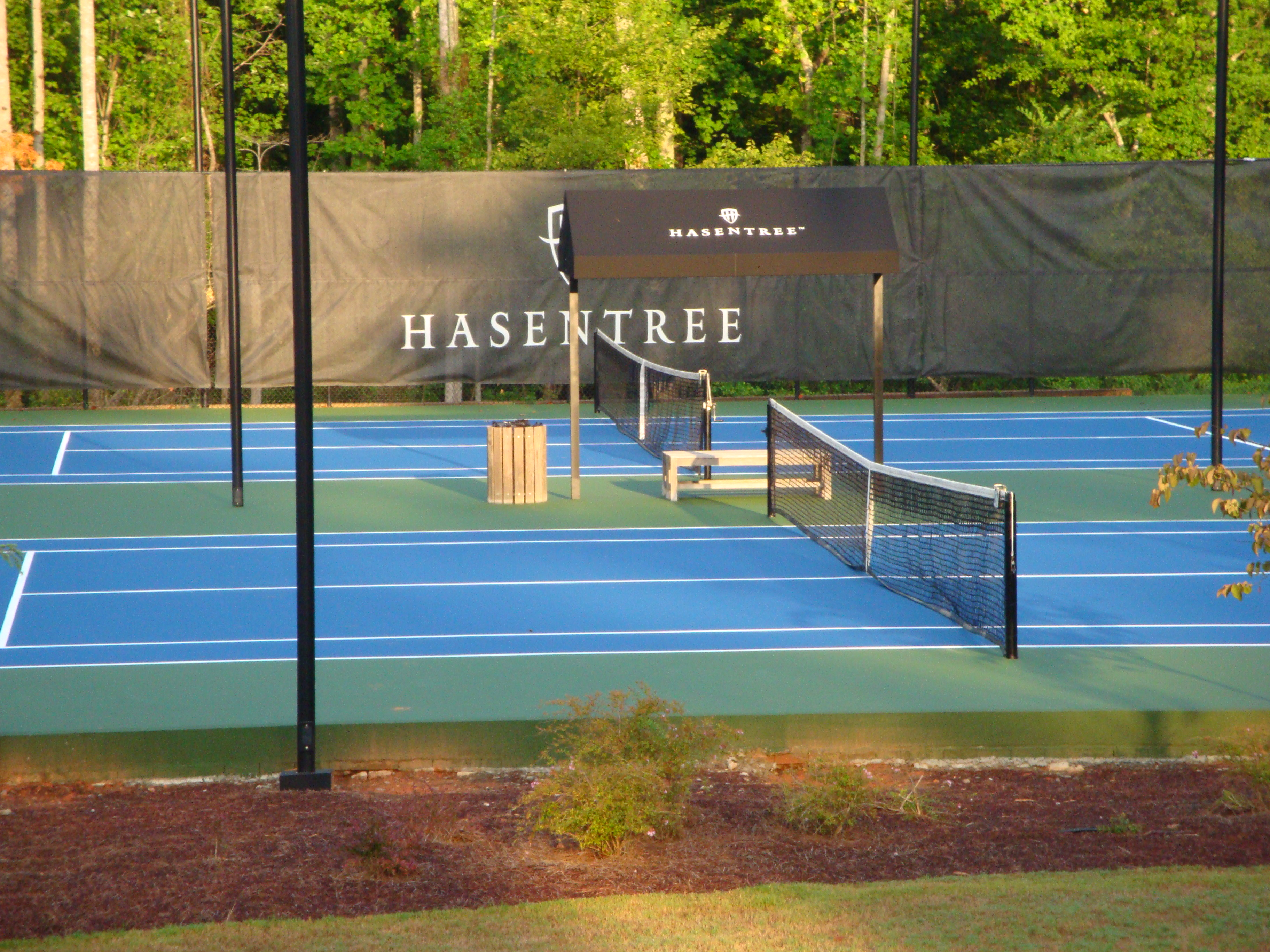Tennis court: options. Construction of tennis courts